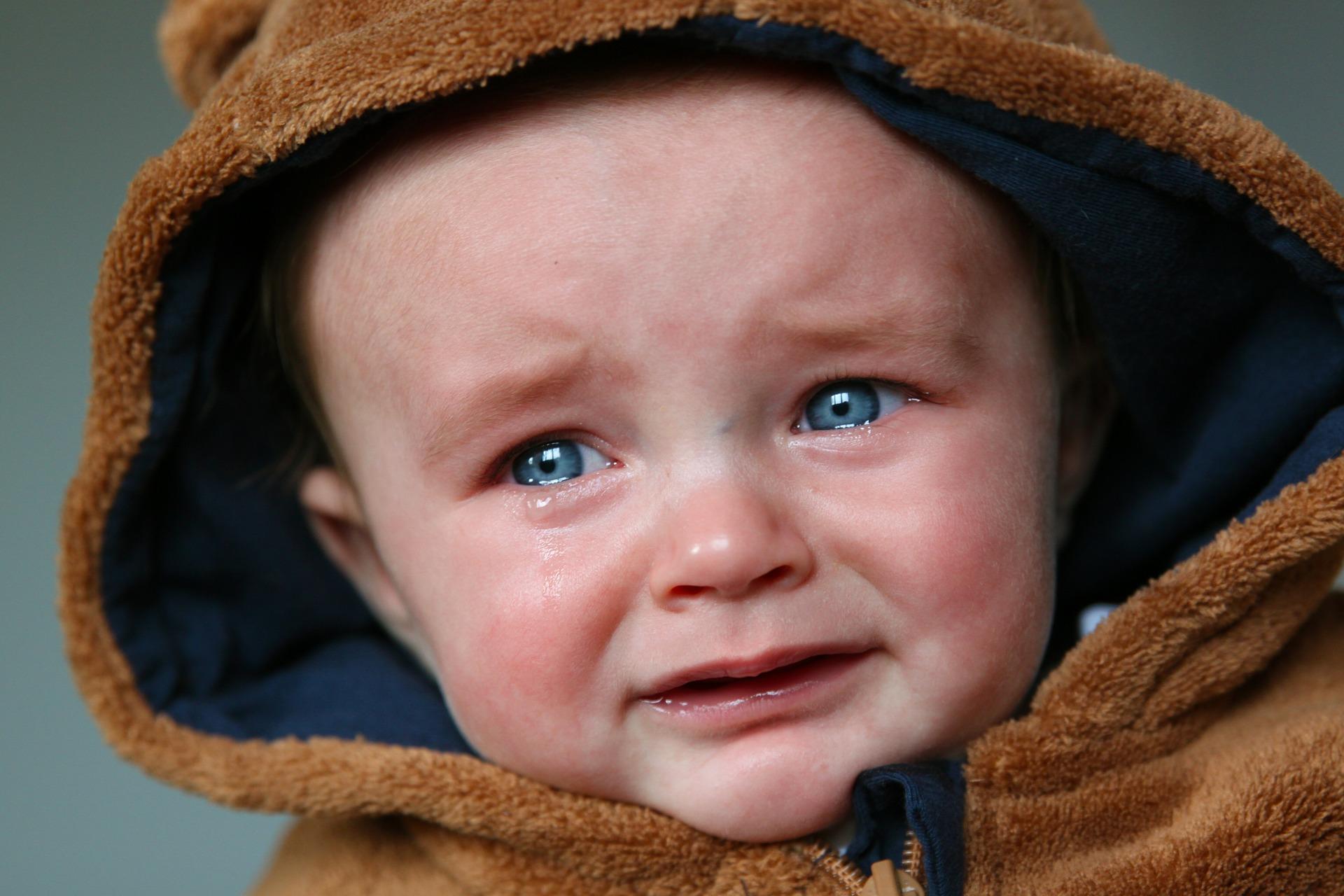 Причиной низкой самооценки часто является критика и оскорбление ребёнка в детстве и юном возрасте